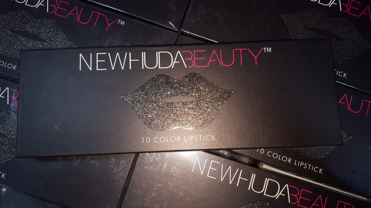 New Huda Beauty 10 color lipstick